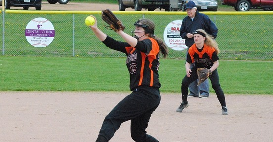 Kiana Weiler girls high school fastpitch softball stratford tigers marathon raiders